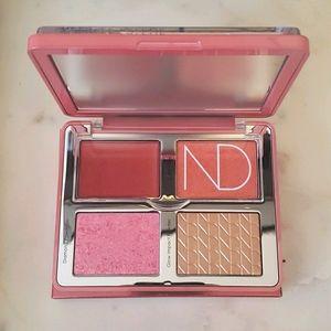 NIB Natasha Denona Love Glow Palette